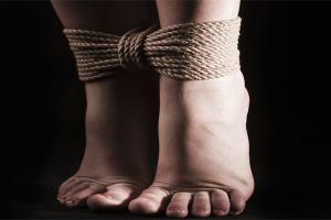 Irrespeto a la mujer: otra forma de crear sus ataduras